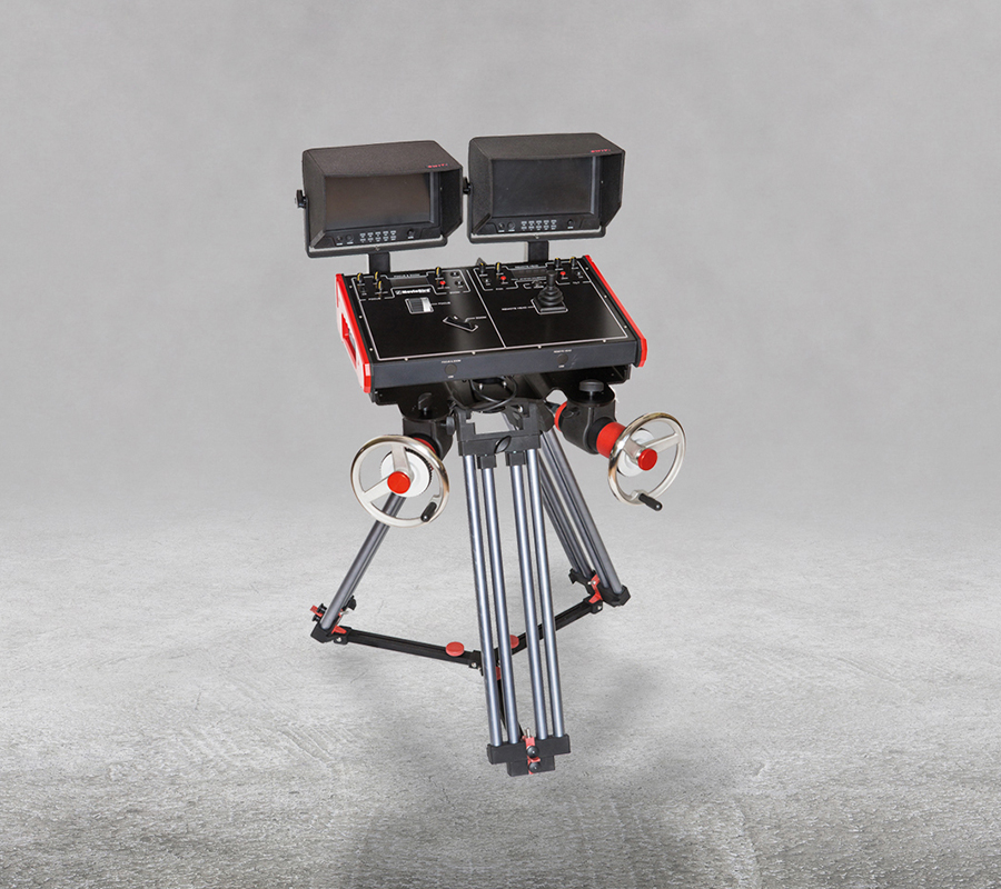 Hand Wheels Cranks mounted on tripod MR-01
